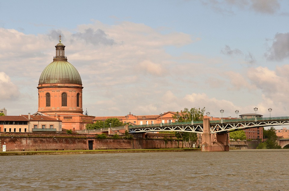 Moving to Toulouse