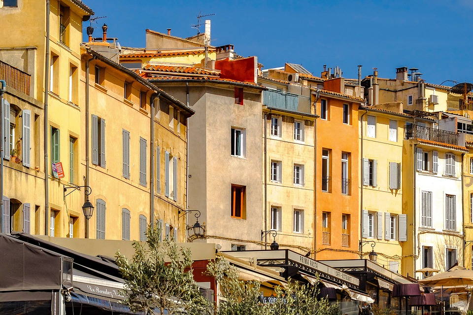 Moving to Aix en Provence