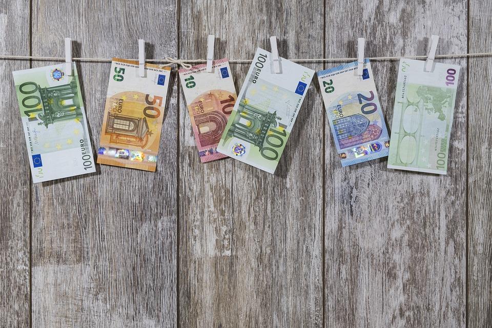 Encashing my pension to France